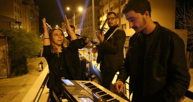 Bolu Belediyesi'nden Mobil Konserle Bolululara Moral