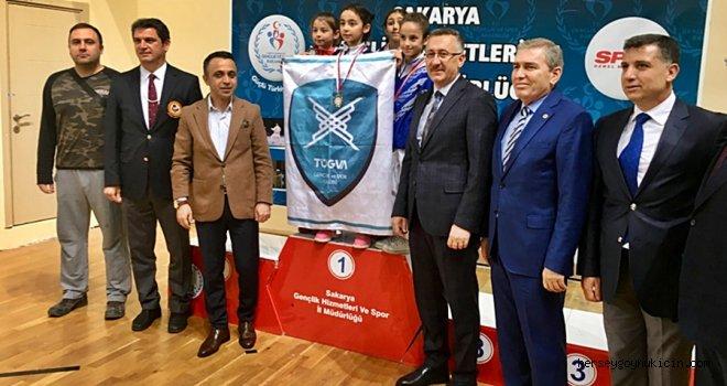 Bolu Belediyespor Karatecileri Madalyalarla Döndü