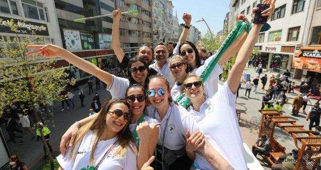 Bolu Belediyespor'dan Bolu'nun Sultanlarıyla Şampiyonluk Turu
